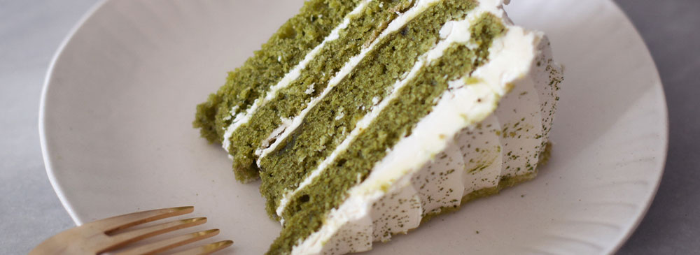 Matcha Cake with Vanilla Buttercream